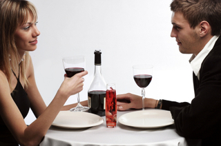 Featured Comment: Full Disclosure on First Dates?